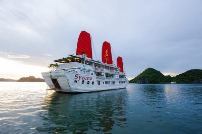 du-thuyen-4-sao-syrena-ha-long-smiletravel
